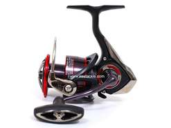 Daiwa - 2017 Fuego LT 3000D-CXH - Spinning Reel | Eastackle