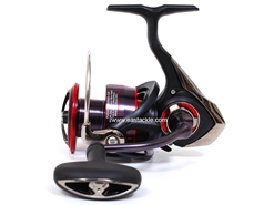Daiwa - 2017 Fuego LT 4000D-CXH - Spinning Reel | Eastackle